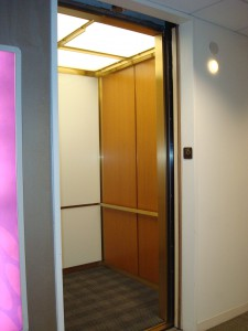 Elevators, ITA DOWN